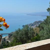 Caminia. Case Vacanze Appartamento Panoramico